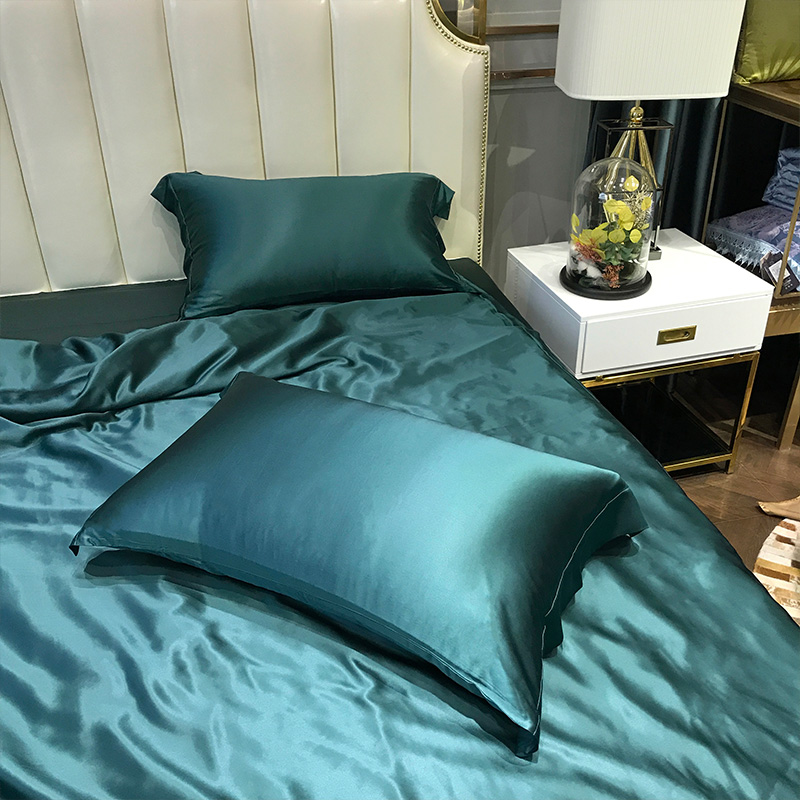 Super Soft and Silky Satin Sheet Set (Solid/Deep Pocket) (Queen, Teal) 3