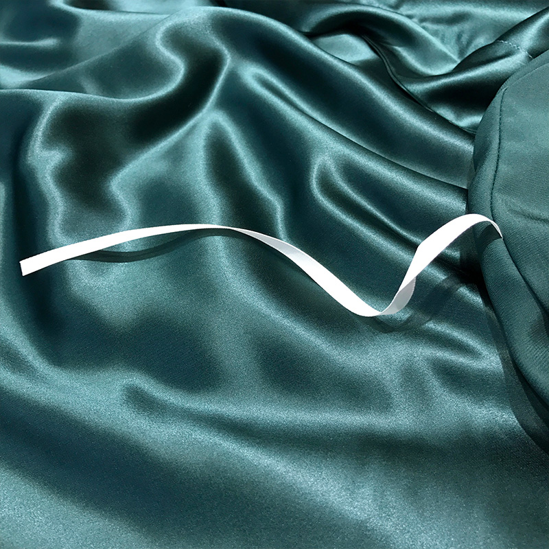 Super Soft and Silky Satin Sheet Set (Solid/Deep Pocket) (Queen, Teal) 5